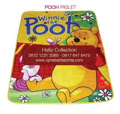 Grosir karpet selimut - pooh piglet  - Grosir Karpet Bulu - Jual Selimut Karpet -Motif Kartun - Bogor - 0812 1231 2065 (2)